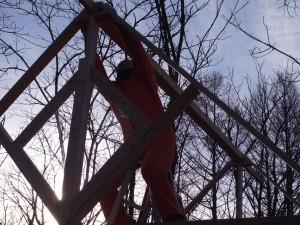 同人よ、屋根の梁を高く掲げよ