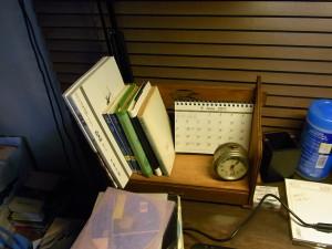 破滅派@机の上のブックスタンド