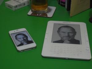 KindleとiPhone4
